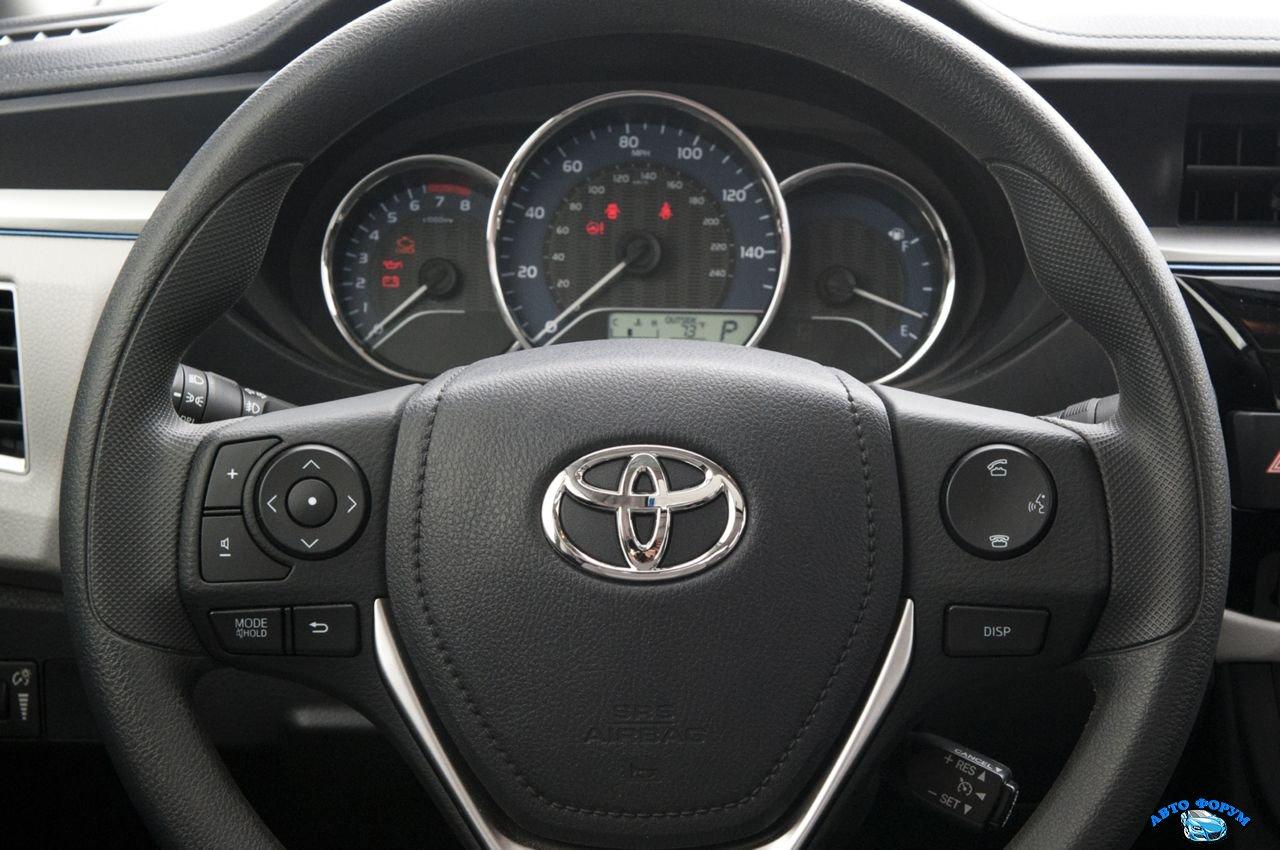 Toyota Corolla-5.jpg