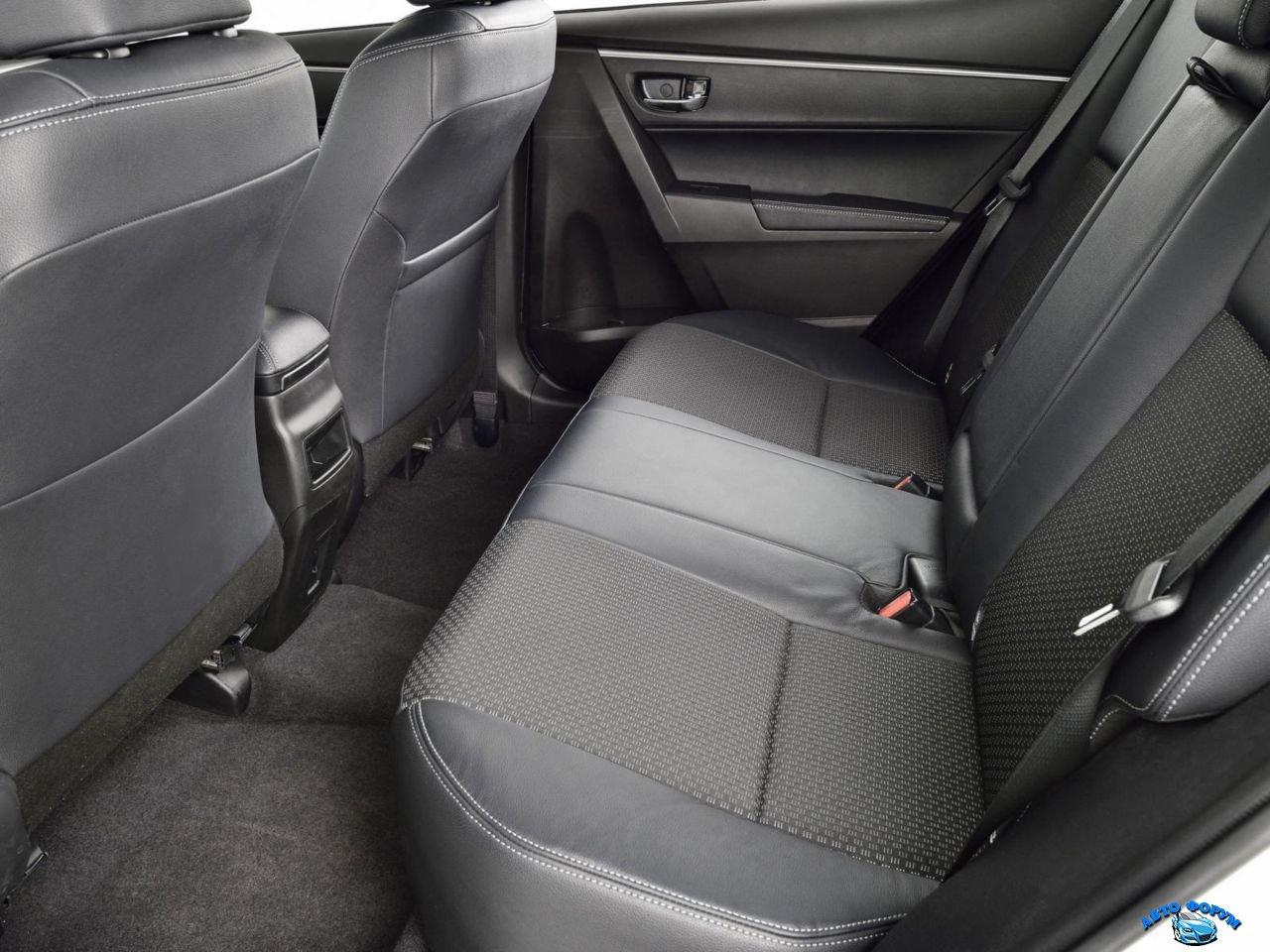 Toyota Corolla-6.jpg