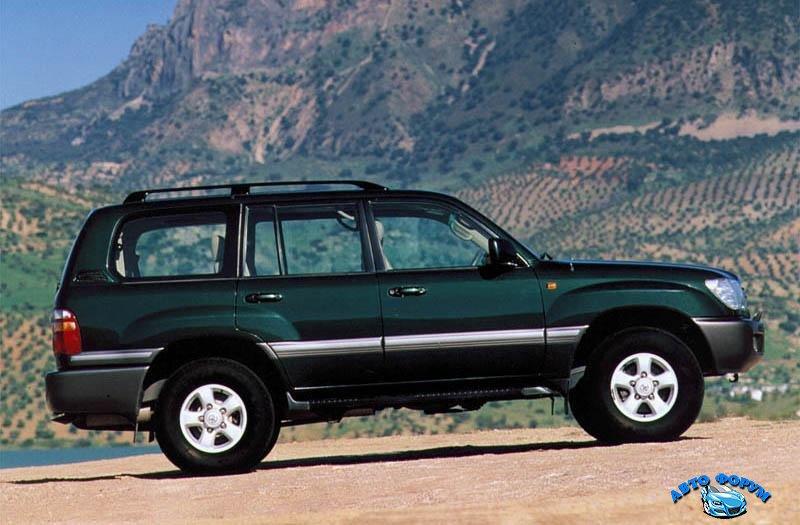 Toyota-Land-Cruiser-100.jpg