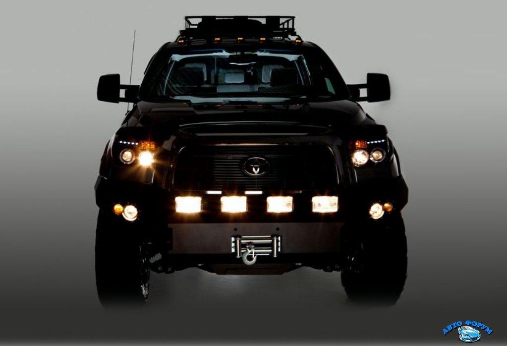 Toyota-tundra-2014_Fotor.jpg