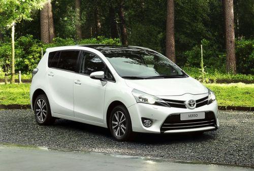 Toyota Verso 2013.jpg