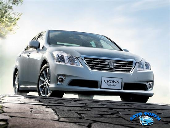 toyota_crown_royal_saloon_2010.jpg