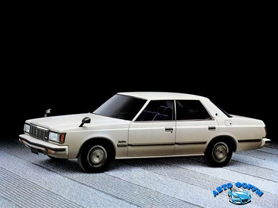 toyota_crown_royal_saloon_4-door_.jpg