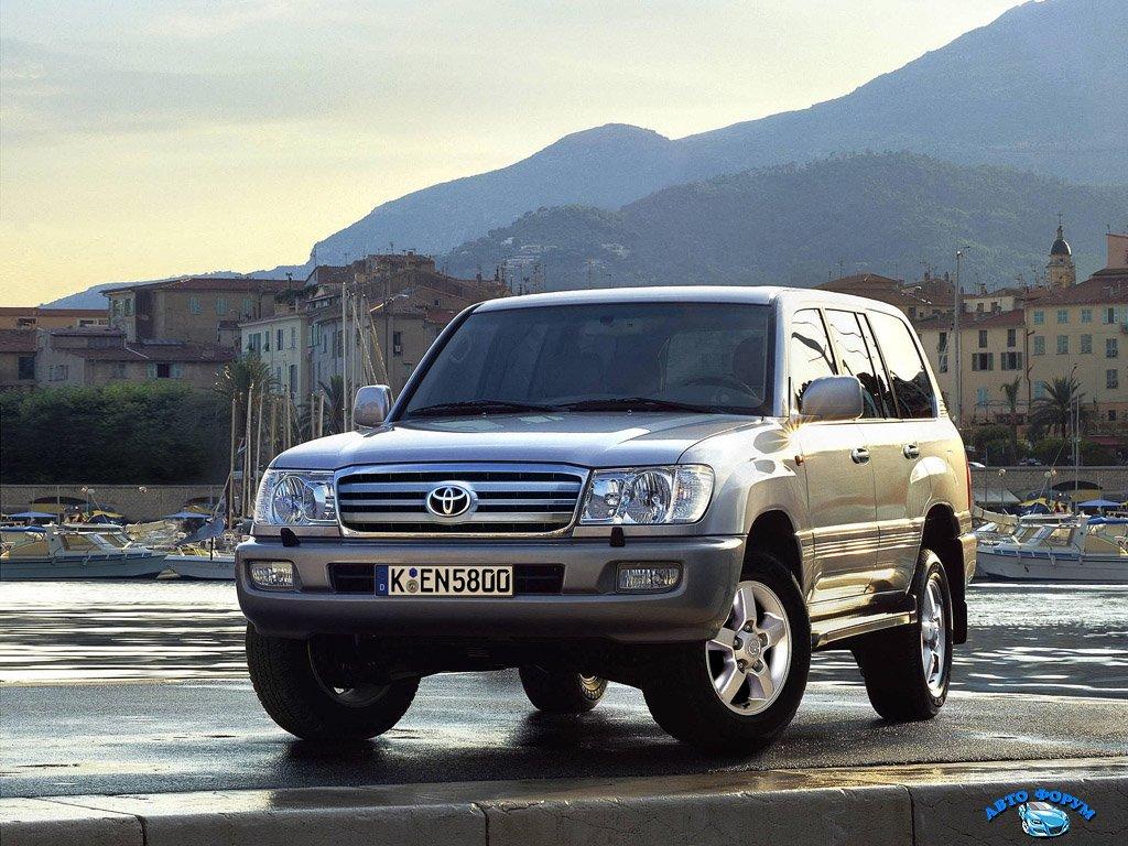 Toyota_Landcruiser_100.jpg
