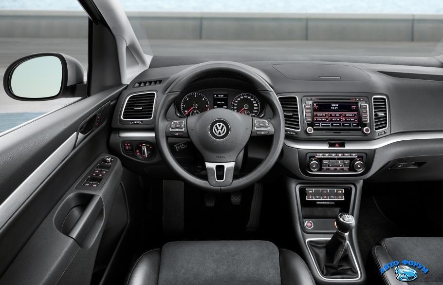 volkswagen-sharan-2011-04.jpg