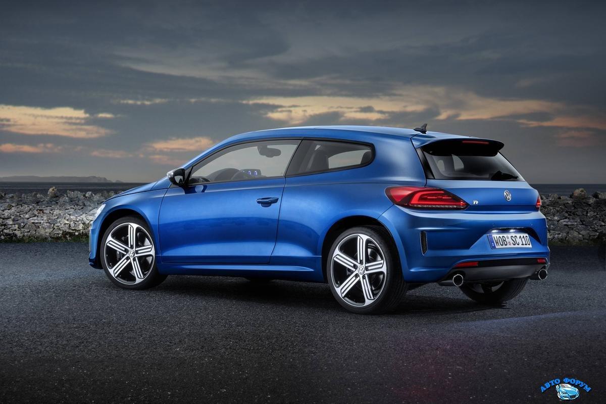 Volkswagen_Scirocco_2015-08.jpg