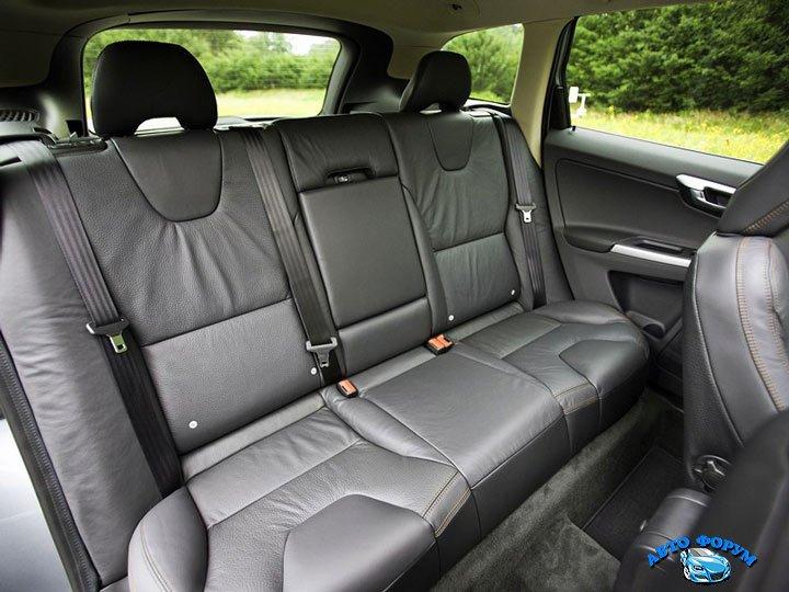 Volvo-XC60-4.jpg