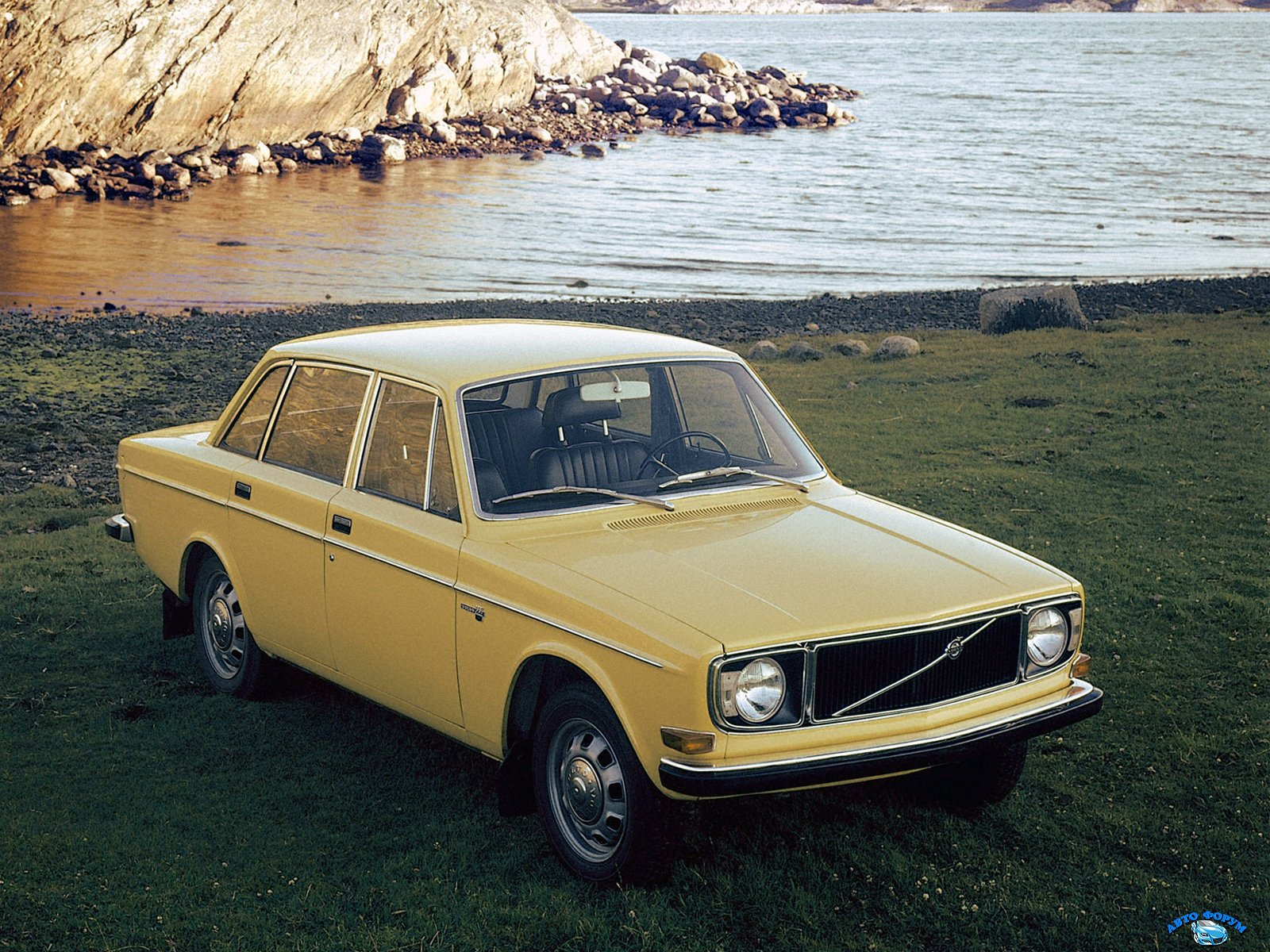 Volvo_144_Sedan_1967.jpg