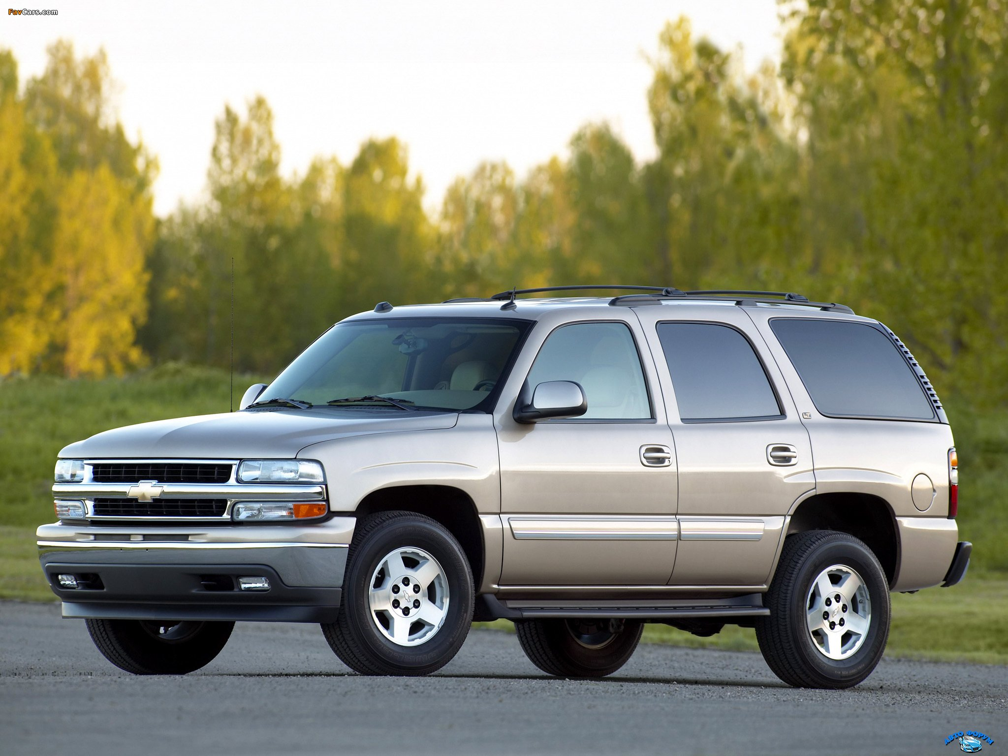 wallpapers_chevrolet_tahoe_2000_1.jpg
